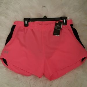🔥🔥🔥Under Armour hot pink short L,NWT